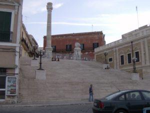 Le_colonne_della_Via_Appia_a_Brindisi