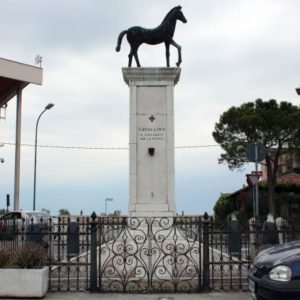 MONUMENTO CADUTI A CAVALLINO
