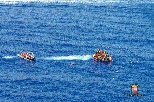 migranti-soccorsi-300x200