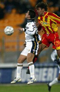 Sebastiano Siviglia con la maglia del Lecce (foto archivio)